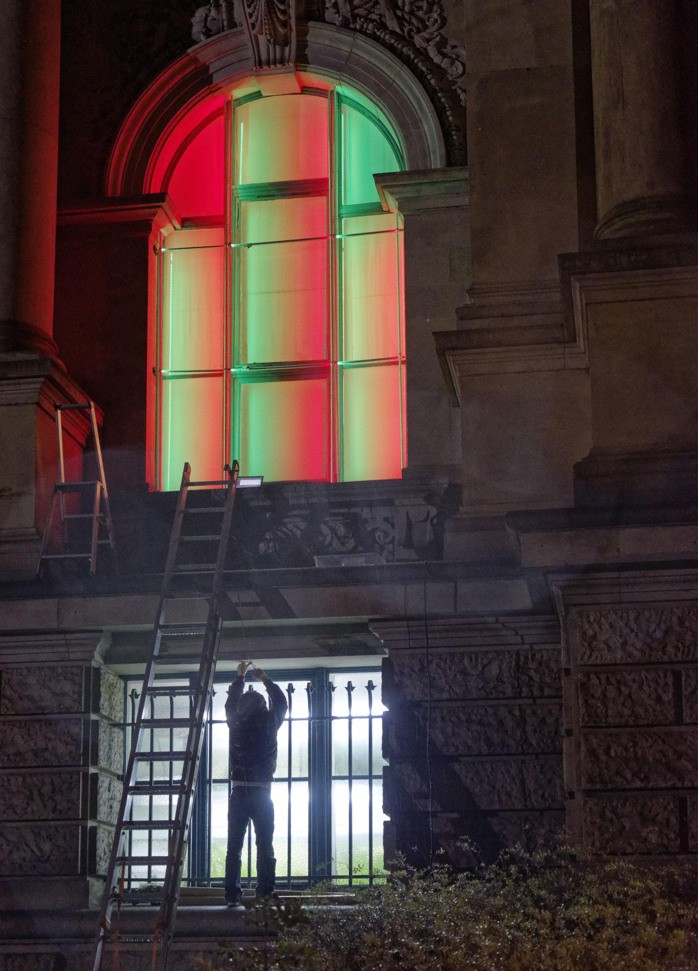 daniel_hausig_farbdepesche_#1_2014_light-installation